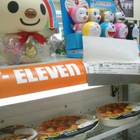 Photo taken at 7-Eleven by Yu-Sin C. on 10/19/2012