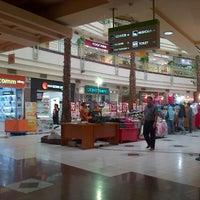 Foto diambil di Plaza Bintaro Jaya oleh sony p. pada 1/26/2013
