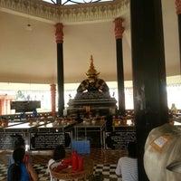 Photo taken at วัดศีรษะทอง (วัดพระราหู) Wat Sisa Thong by Goay V. on 10/6/2012