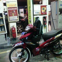 Photo taken at Shell by Khairul A. on 11/20/2012
