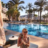 Foto tomada en Aguas de Ibiza Lifestyle & Spa Hotel por Lenka L. el 4/21/2018