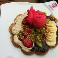 Foto diambil di Prinkipo Dondurma ve Waffle oleh Orçun Ö. pada 4/6/2013
