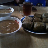 Photo taken at Rumah Makan Makassar Marannu by Gita M. on 1/31/2014