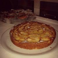 Photo taken at Pizzeria CiVoleva by Rori on 4/11/2013