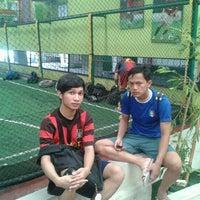 รูปภาพถ่ายที่ Planet Futsal โดย Danar Y. เมื่อ 12/27/2012