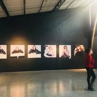 Das Foto wurde bei Fotomuseo Cuatro Caminos von Francisco I. am 4/28/2018 aufgenommen