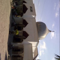 Photo taken at Masjid Agung Darussalam Bojonegoro by Sanjaya A. on 8/13/2013