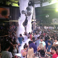 7/27/2013 tarihinde Yavuz T.ziyaretçi tarafından Club Inferno'de çekilen fotoğraf