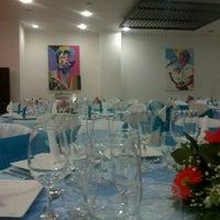 Foto diambil di Carantanta Restaurante oleh Gonzalo A. pada 12/22/2012