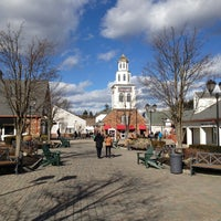 Photo taken at Woodbury Common Premium Outlets by Diego S. on 1/31/2013