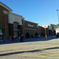 Photo taken at Walmart Supercenter by Zenilda D. on 12/21/2016