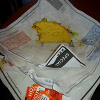 Photo taken at Taco Bell by Daniel H. on 6/12/2013