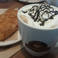 Photo taken at Second Cup by Daniele B. on 8/31/2013