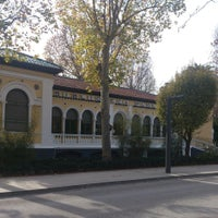 Foto tomada en Biblioteca Municipal Paseo Del Salon por Juan A. el 12/30/2013