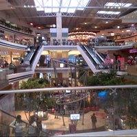 Photo taken at Oakland Mall by Faby P. on 10/11/2012