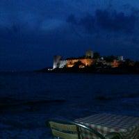 12/2/2012 tarihinde Berat A.ziyaretçi tarafından Ebow Café & Bar'de çekilen fotoğraf