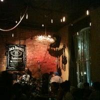 Foto tomada en Pizza del Perro Negro por Edmundo G. el 3/1/2013