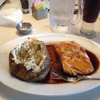 Photo taken at Ruby Tuesday by Dwayne P. on 8/5/2014