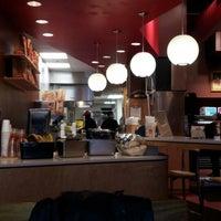 Снимок сделан в Epic Burger пользователем Vince L. 12/24/2012