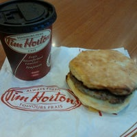 Photo taken at Tim Hortons by Di S. on 9/16/2012