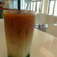 Photo taken at J & J Cafeteria by Budoxe L. on 1/11/2014