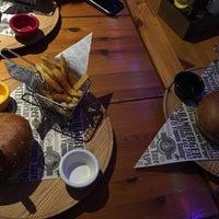 12/7/2017 tarihinde Nemer D.ziyaretçi tarafından Meatballs Burger House'de çekilen fotoğraf