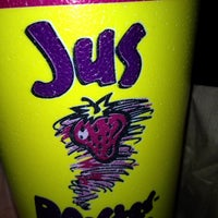 Photo taken at Booster Juice by Veronica S. on 11/29/2012