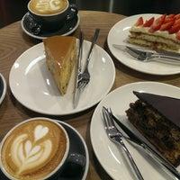 Снимок сделан в STATION cakes&coffee пользователем Ирина В. 1/7/2018