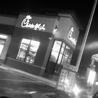 Photo taken at Chick-fil-A by Jay جو O. on 1/19/2016