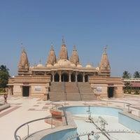 Photo taken at Swaminaryan Mandir by Harsh K. on 4/2/2014