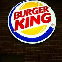 Снимок сделан в Burger King пользователем ProФитнес 💪🏻 S. 6/5/2013