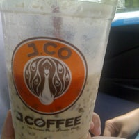 Photo taken at J.Co Donuts & Coffee by Uning Z. on 10/31/2012