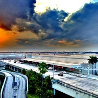 Photo taken at Fort Lauderdale-Hollywood International Airport (FLL) by Vgutty G. on 3/22/2013