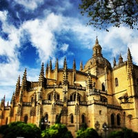 Photo taken at Catedral de Segovia by *iVy on 10/26/2012