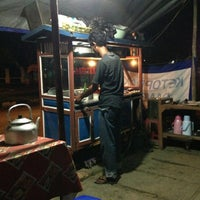 Photo taken at Ketoprak Pande (Indramayu) by Ferdiansah H. on 3/17/2013