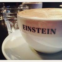 Das Foto wurde bei Café Einstein von Michael K. am 10/6/2012 aufgenommen