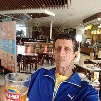 Photo taken at Subway Shopping Parque Balneário by Miguel C. on 5/21/2018