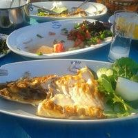6/21/2013 tarihinde Demetziyaretçi tarafından Ümit Restaurant'de çekilen fotoğraf