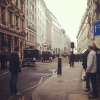 Photo taken at Threadneedle Street by Vanessa W. on 3/30/2014