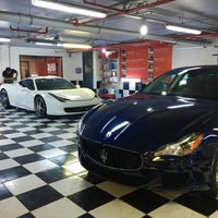 Photo taken at Carwax by carwax_taurus_avm on 10/27/2016
