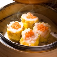Photo taken at DimDimSum Dim Sum Specialty Store by DimDimSum Dim Sum Specialty Store (Wan Chai) 點點心點心專門店 (灣仔店) on 9/14/2012