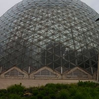 Photo taken at Mitchell Park Horticultural Conservatory (The Domes) by Darin M. on 5/18/2013