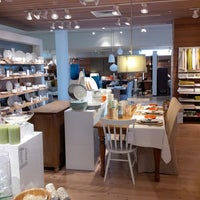 Photo taken at Crate and Barrel by  Keagan on 6/24/2013