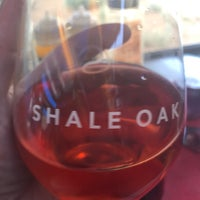 Photo taken at Shale Oak Winery by Hemingway S. on 9/10/2017