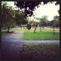 Foto tirada no(a) Praça Carlos Simão Arnt (Praça da Encol) por Casciani F. em 5/21/2013