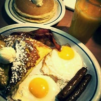 Photo taken at IHOP by Ese G. on 12/27/2013