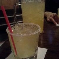 Foto tomada en El Noa Noa Mexican Restaurant por Sam R. el 2/23/2013