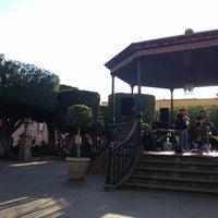 Foto tomada en Jardín Allende por Edgar G. el 3/25/2013