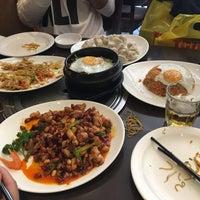 Снимок сделан в Hilan Korean & Chinese Restaurant пользователем Daniel D. 7/24/2017