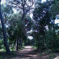 Foto tirada no(a) Jardins de Can Sentmenat por Santi O. em 4/13/2014